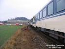 PKW gegen Zug